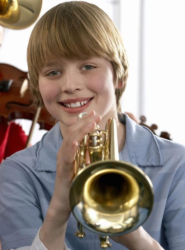Обучение игре тромбон труба блок-флейта репетитор уроки музыки
