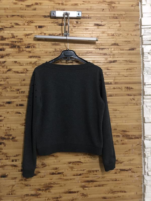 Джемпер пуловер свитер h&m темно-серого цвета с рисунком - Фото 2