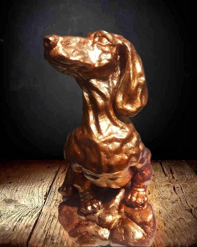 Скульптура такса ручной работы