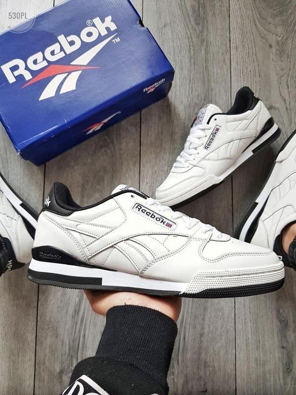 Мужские демисезонные спортивные кроссовки reebok classic