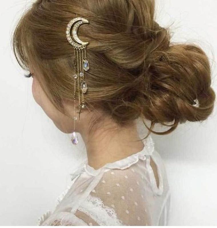 Стильная заколка для волос месяц с длинными цепочками золотист... - Фото 3