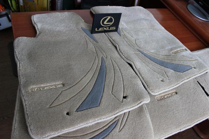 Новые фирменные коврики на Лексус Lexus IS - Фото 2