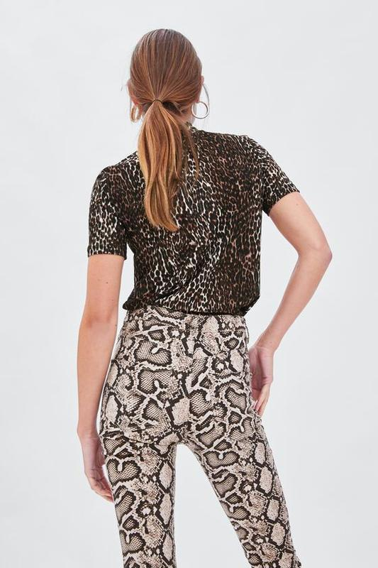 Zara фактурная футболка под горло - Фото 3