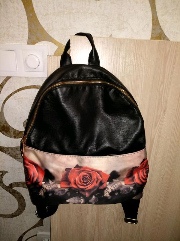Рюкзак с розами