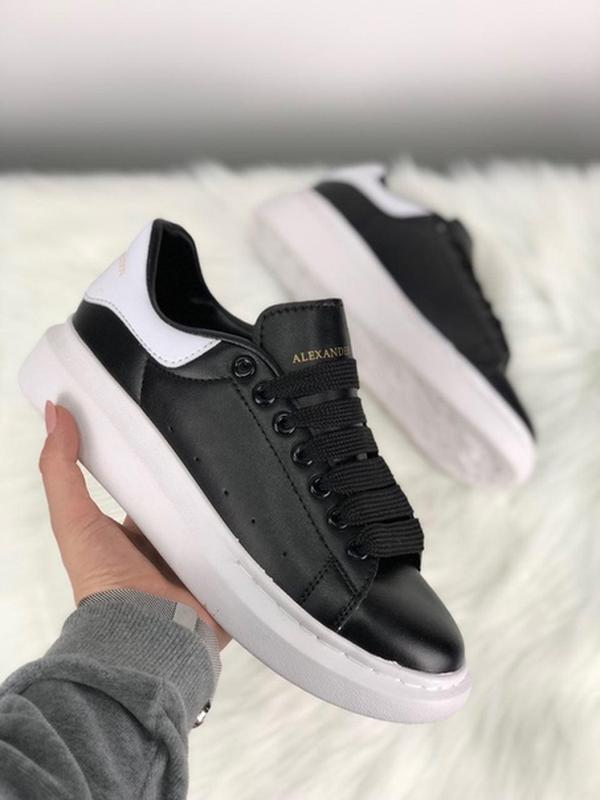 Кеды: alexander mcqueen black white with white leather.