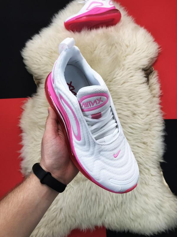 Nike air max 720 pink white.