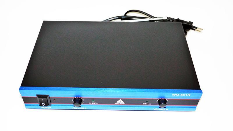 Радиосистема Behringer WM-501R база 2 радиомикрофона - Фото 2