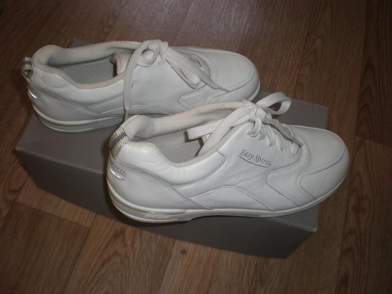 Кроссовки кожаные, женские, белые (новые) Easy Spirit