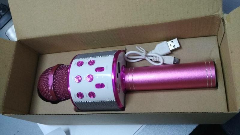 Караоке Wester WS-858 Беспроводной стерео микрофон, Розовый
