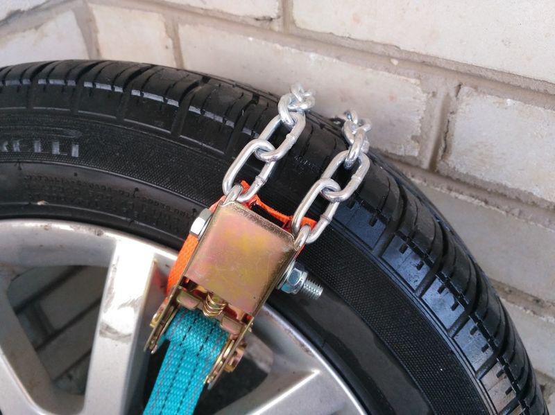 Браслеты-цепи противоскольжения на колёса легковые автомобили