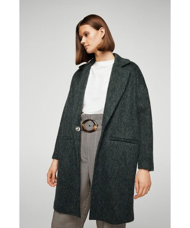 Пальто с мохером от mango