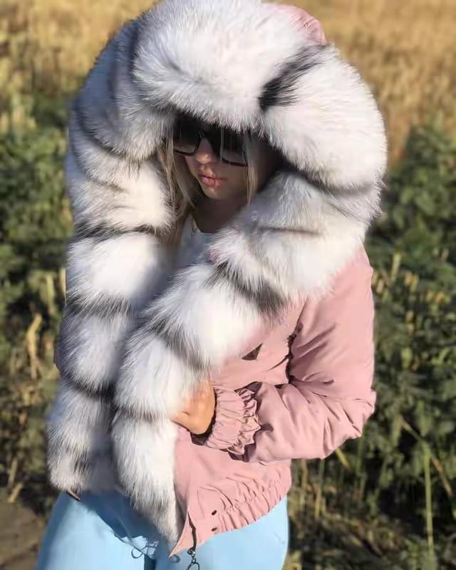 Женская куртка бомбер - Фото 3