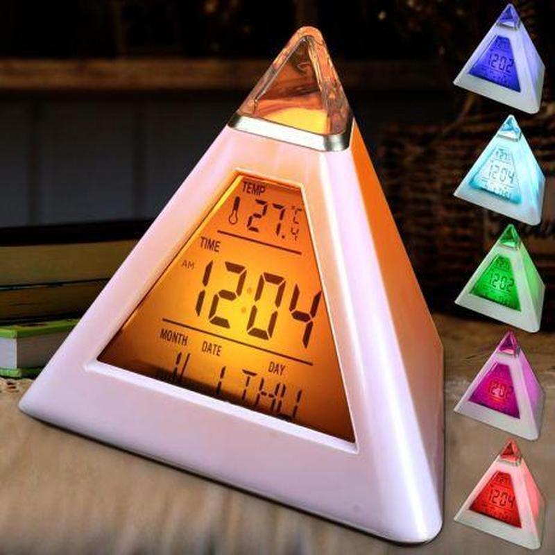 Мультизадачные настольные часы с подсветкой