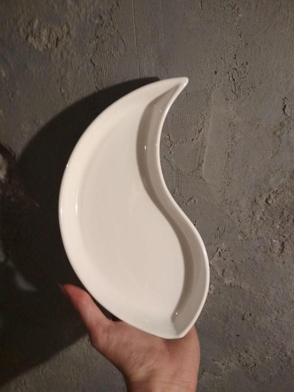 Тарілки, посуд новий для кафе /бару / ресторану