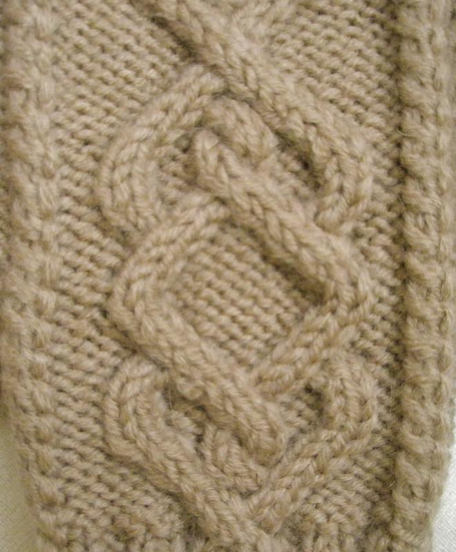 Варежки бежевые ручной работы размер: s-м - Фото 3