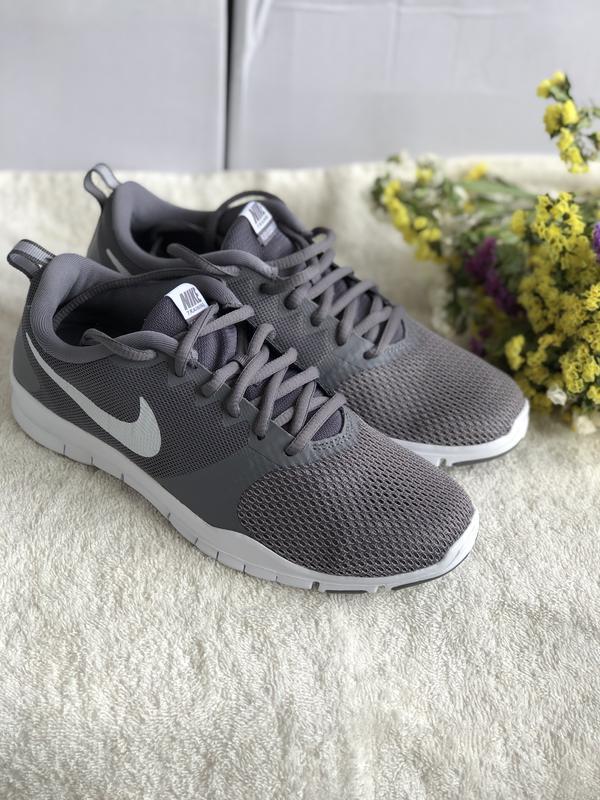 Спортивные кроссовки nike женские, серого цвета