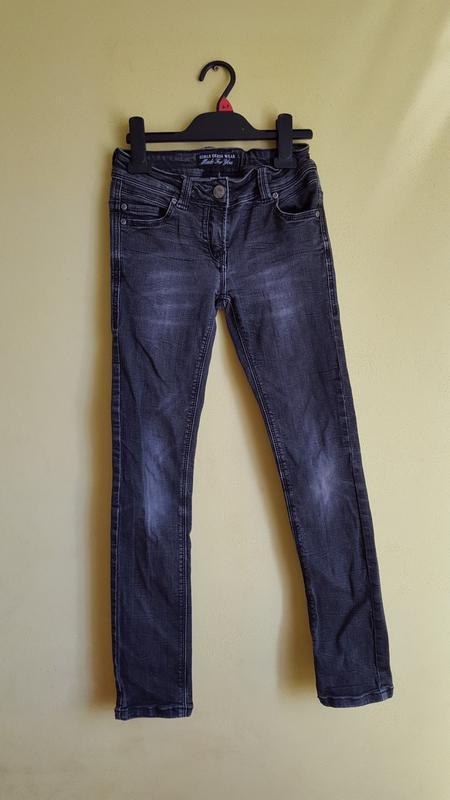 Серые джинсы на девочку 10-11 лет