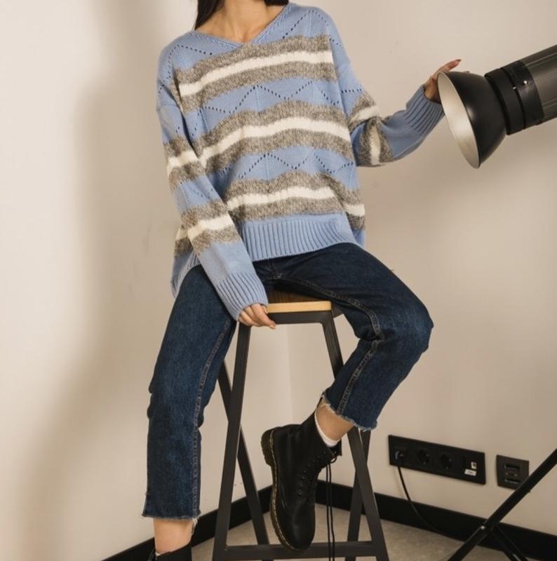 Шикарный трендовый вязаный свитер пастельно-голубого цвета новый