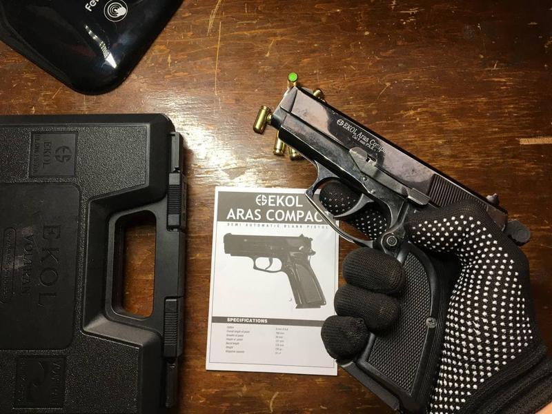 Стартовый сигнальный пистолет Ekol Aras Compact Black (холостой)
