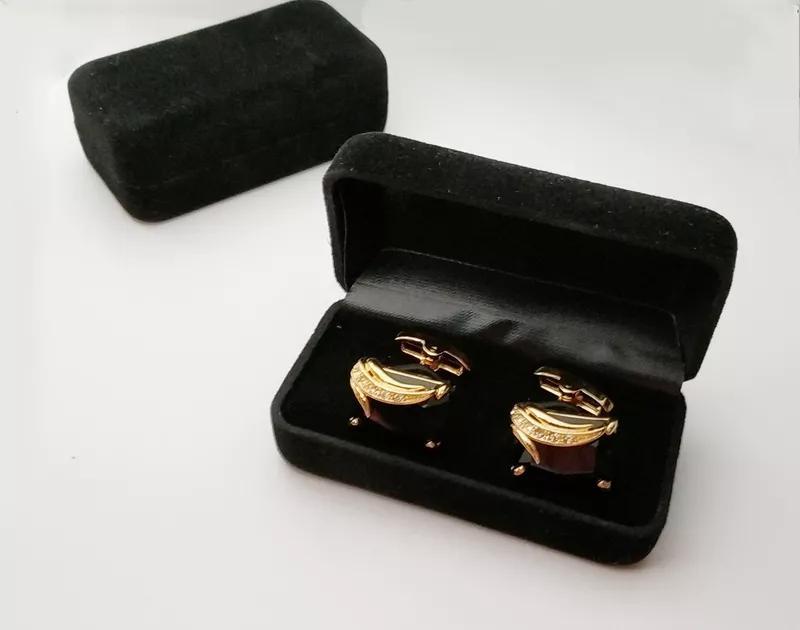 Шкатулка коробочка на зависах для запонок, серьг, украшений.