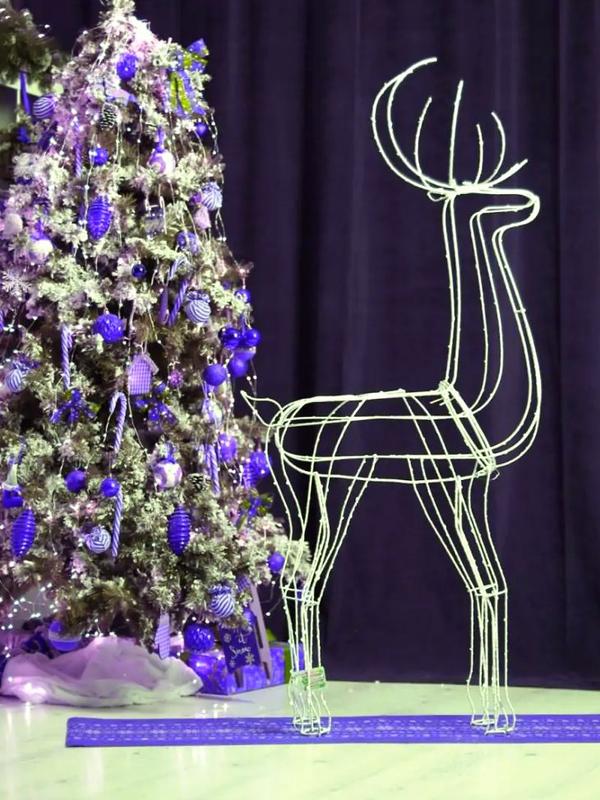 Продажа олень новогодний олени новогодние светяшиеся 150 см  Цена