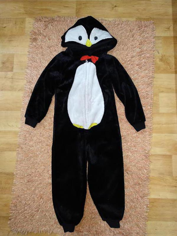 Теплая пижама с капюшоном на 4-5 лет
