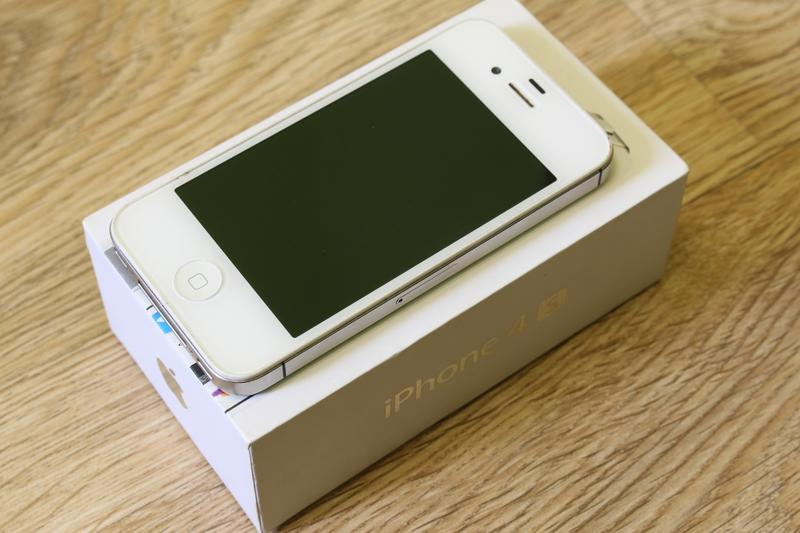 Apple iPhone 4S-16GB White - Фото 9