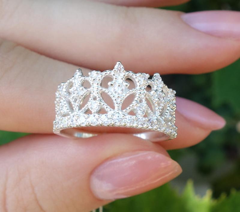 Кольцо корона в камнях