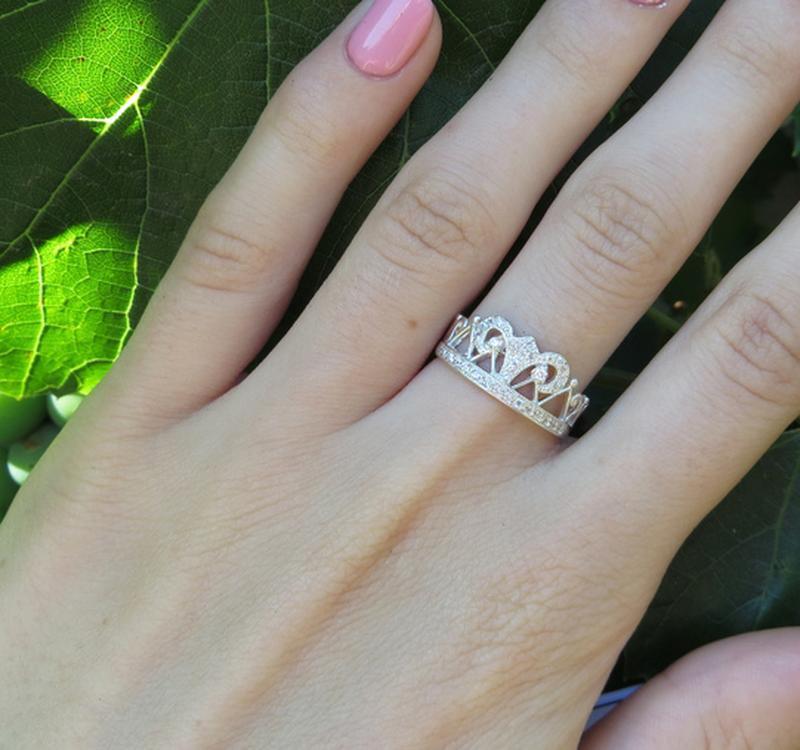 Кольцо корона ажурное в камнях