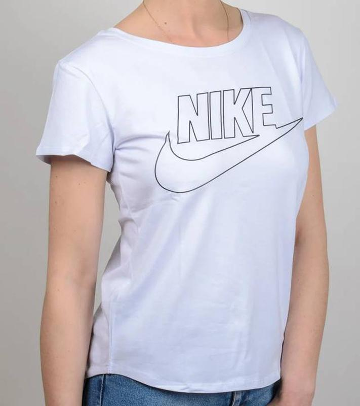 Женская футболка свободного кроя, цвет белый