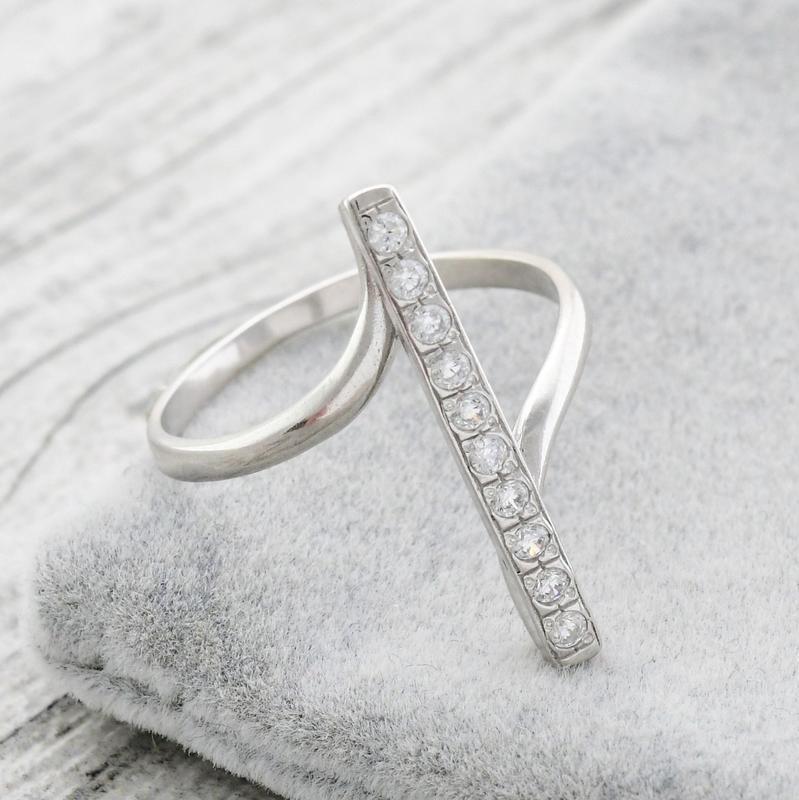 Кольцо прямое с камнями - Фото 5
