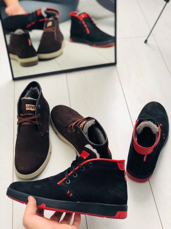 Мужские зимние черные кроссовки из нубука с вставками красной ... - Фото 2