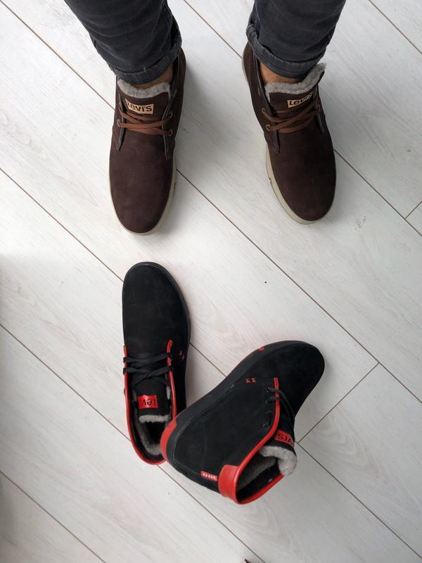 Мужские зимние черные кроссовки из нубука с вставками красной ... - Фото 3