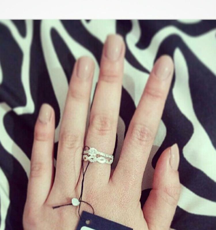 Кольцо двойное волнистое с россыпью камней - Фото 3