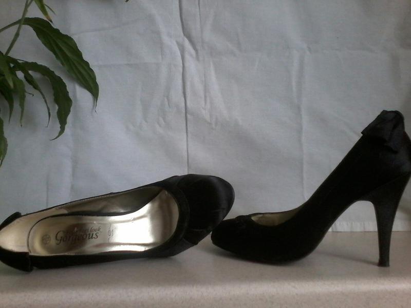 Атлассные туфли - Фото 2