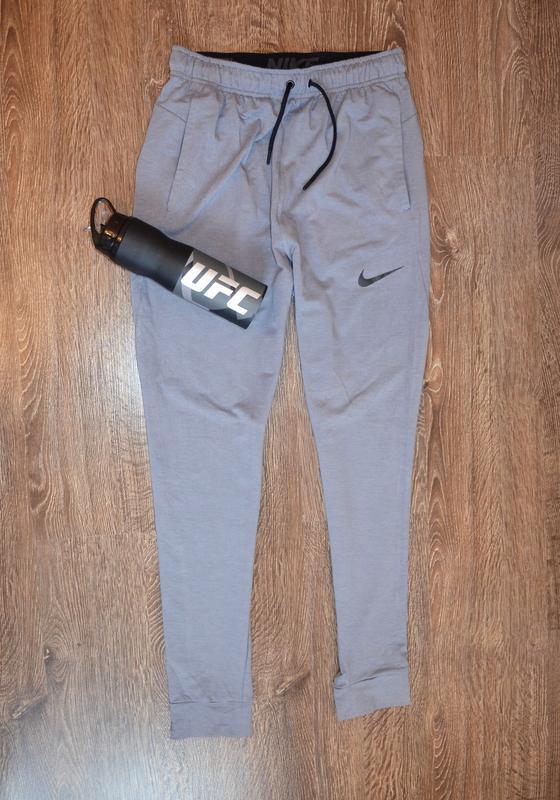 Оригинальные спортивные штаны  с последней коллекции  nike ® t... - Фото 2