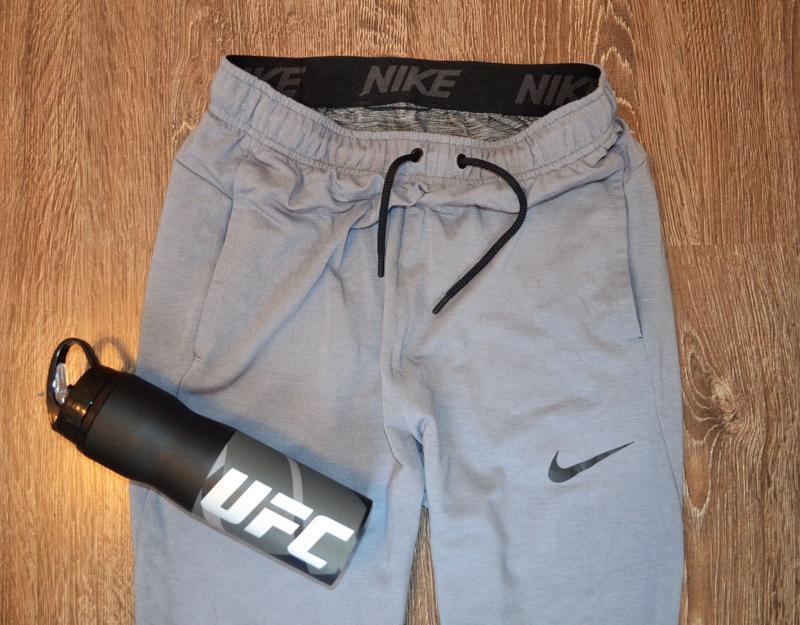Оригинальные спортивные штаны  с последней коллекции  nike ® t... - Фото 3