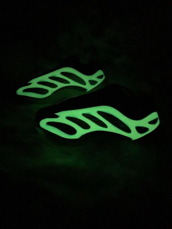 Мужские кроссовки adidas yeezy boost 700 v3 azael - Фото 6