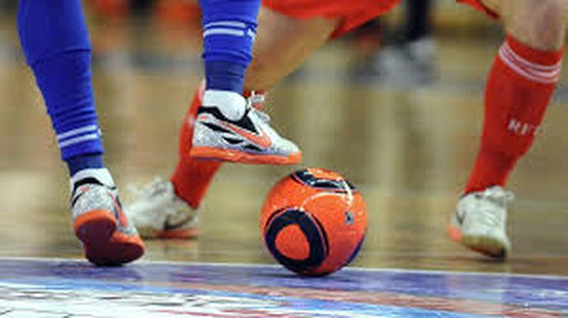 Футбольная команда набирает игроков для игры в минифутбол-футзал - Фото 2