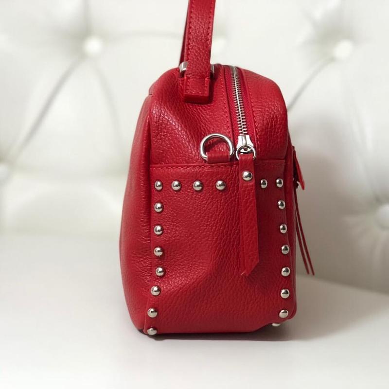 Лёгкая, вместительная и красивая сумочка. - Фото 3