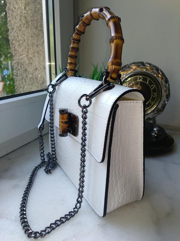 Оригинальная и стильная сумочка с бамбуковой ручкой - Фото 3
