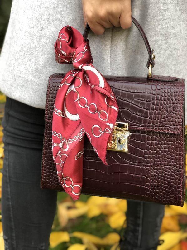 Элегантные кожаные сумочки с платочком - Фото 2