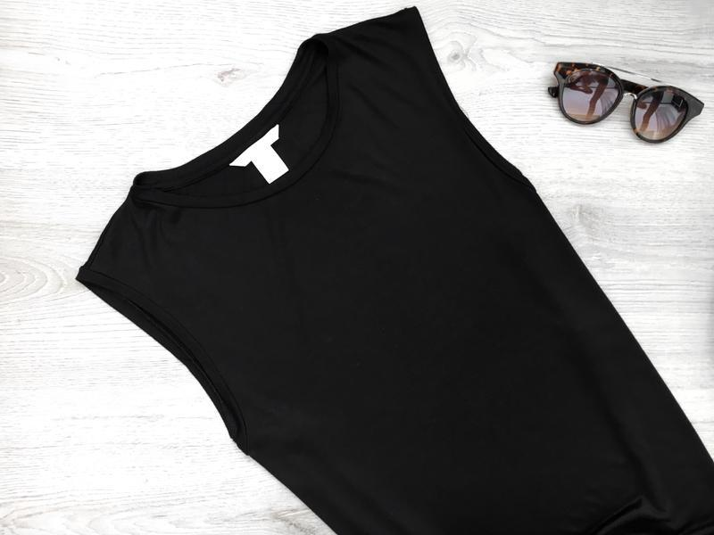 Базовая черная майка с разрезами по боках прямого покроя h&m - Фото 2