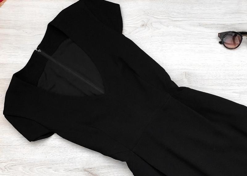Крутое классическое миди платье с v-образным вырезом - Фото 2