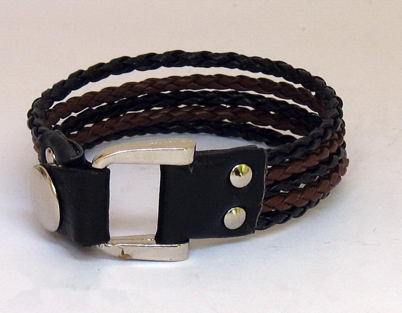 Кожаный браслет d316
