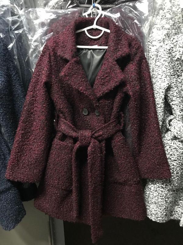 Шикарное пальто, отличного качества