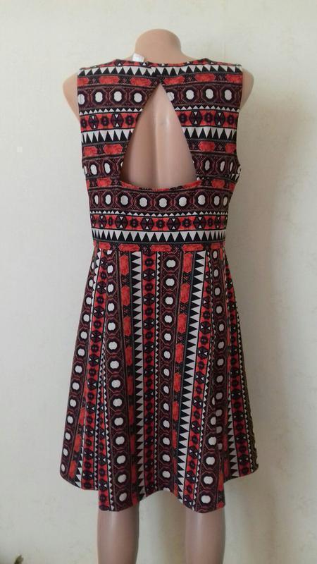 Платье миди с принтом и красивой спинкой h&m - Фото 4