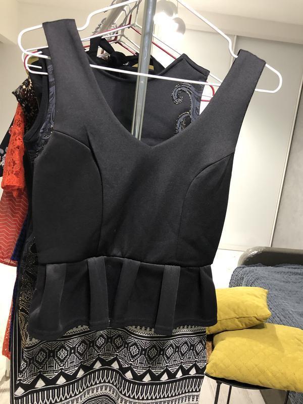 Платье с баской - Фото 2