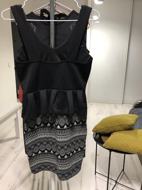 Платье с баской - Фото 5