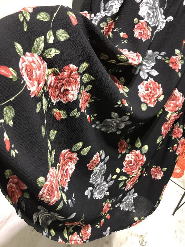 Легкое платье в цветы - Фото 4